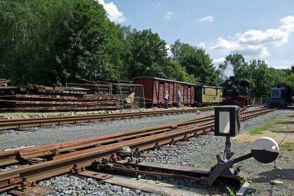 Im August 2008 stand das nächste Fest an - der Bahnhof Lohsdorf ist nun mit 2 Gleisen und 2 Weichen fertiggestellt ...