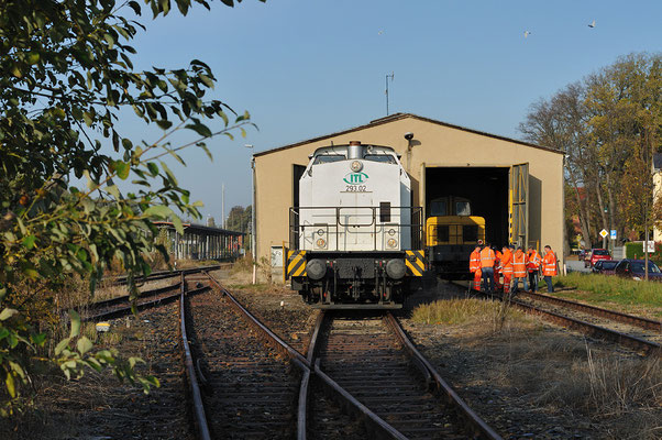 293 02 der ITL während der Überprüfung von Schneepflug & Fräse in Neustadt - nun kann der Winter kommen... 18.10.10