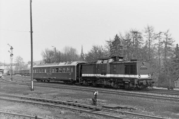 112 796 mit Leipziger Steuerwagen von Sebnitz nach Rathmannsdorf (Sperrung / Rekonstruktion der Elbbrücke in Bad Schandau).