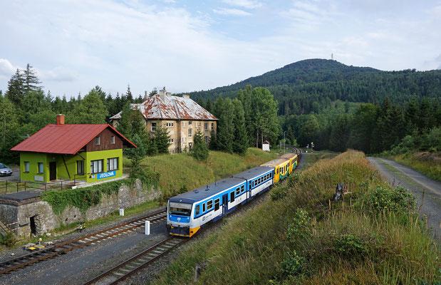 Farbenfrohes Regio-Nova Doppel Rumburk - Nový Bor bei Jedlová, 29.07.18