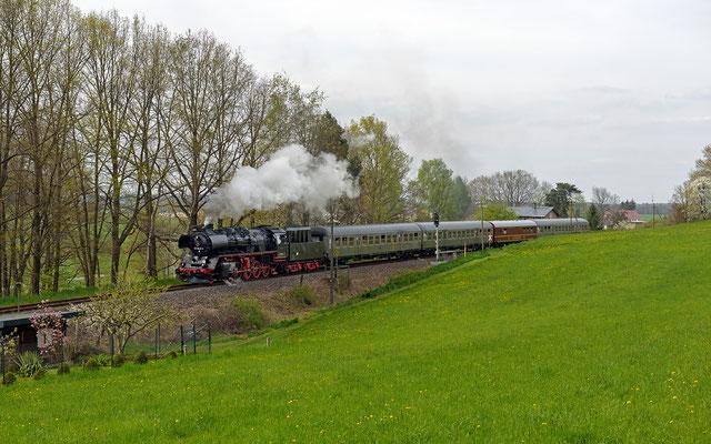 Letztes Bild der Sonderfahrt: Nach der Ausfahrt aus Dürrröhrsdorf, 01.05.16