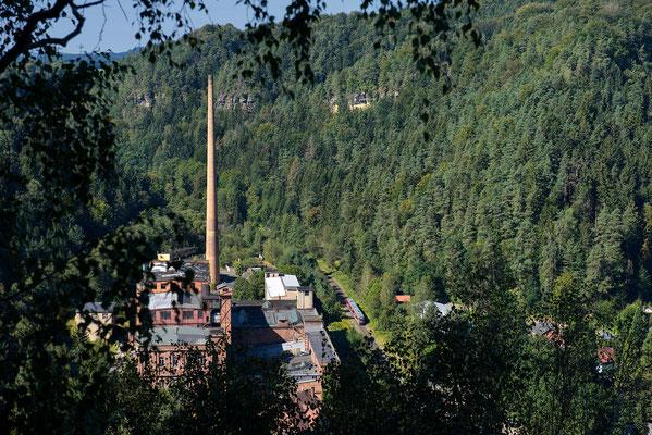 Ein Desiro der Nationalparkbahn Decin-Rumburk erreicht Goßdorf-Kohlmühle, 15.09.2016