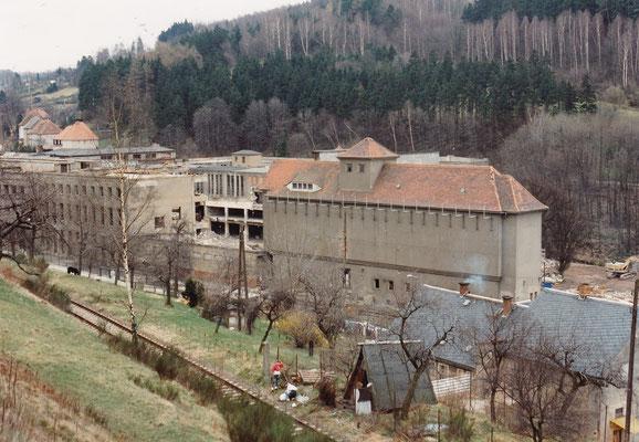 Abriss der alten Fabrikgebäude, heute erinnert hier nichts mehr an diese Zeit...