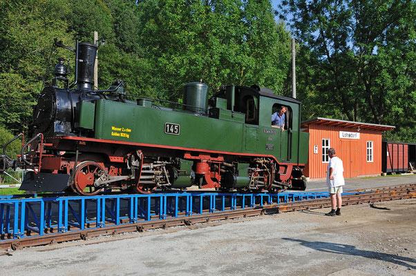 Heute kam auch IVK Nr. 145 heil in Lohsdorf an. Ein besonderer Moment - 60 Jahre nachdem diese Maschine den Abbauzug durch das Schwarzbachtal zog. 25.08.2011