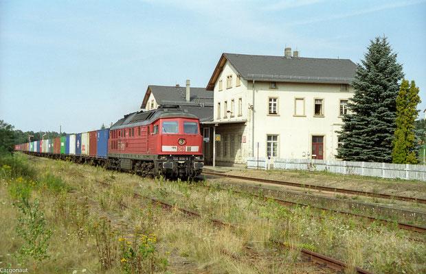 232 604 mit Gz nach Pirna. 05.08.03  Foto: Archiv Kay Baldauf.