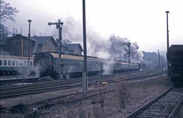 Dampfzug nach Bautzen, Ausfahrt in Neustadt, 1995