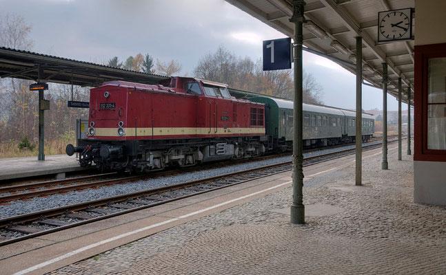 Der Zug im Bahnhof Sebnitz. 05.11.11