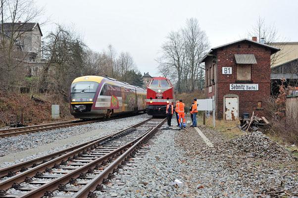 Einfahrende Regionalbahn von Neustadt, danach können die Weichen per Hand gestellt werden. 11.12.2013