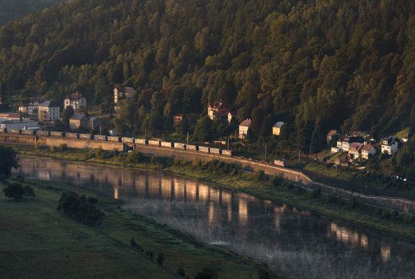 Güterzug in Richtung Dresden bei Königstein. 15.09.2019