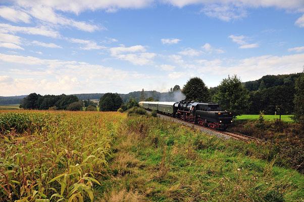 Die Rückfahrt von Neustadt nach Bad Schandau konnte erneut bei Krumhermsdorf festgehalten werden. 22.09.12