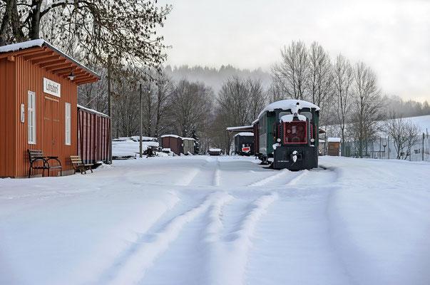 Im tiefen Winterschlaf liegt der Bahnhof am 04.02.19. Und überhaupt nichts deutet an diesem Tag darauf hin, dass sich die Ereignisse hier in Kürze regelrecht überschlagen werden...