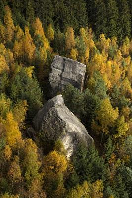 Herbstfarben unterhalb des Pfaffensteins. ISO 200, 70mm, f/6.3, 1/320sek.