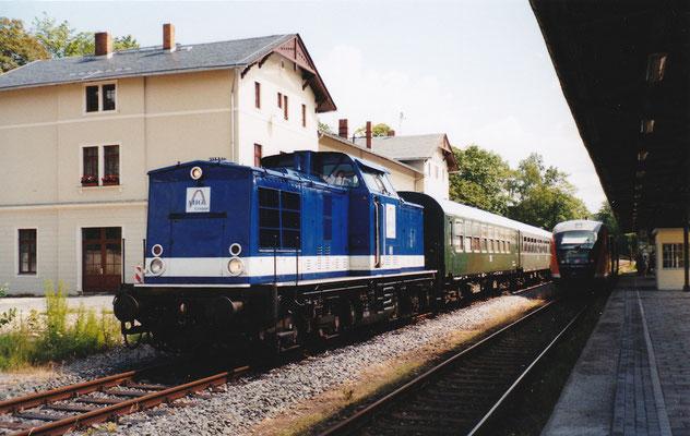 Sonderzug in Sebnitz mit V100 der AHG. Juli 2004, Foto: Archiv Robert Schleusener