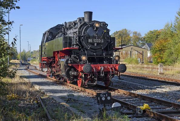86 1333 verweilte bis zur Rückkehr des Zuges am Nachmittag in Neustadt. 13.10.18