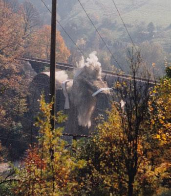 Sprengung des Hainersdorfer Viaduktes.