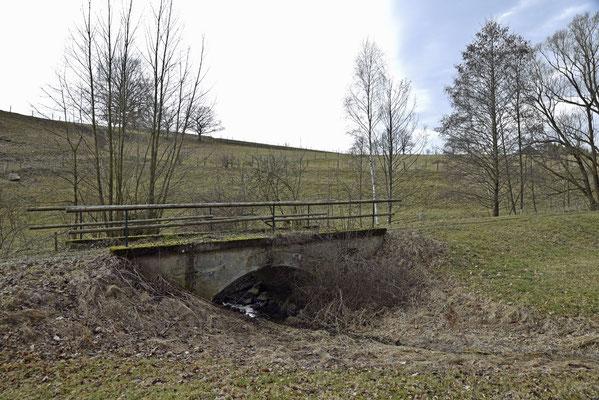 Die kleine Brücke im Detail, Blickrichtung Ehrenberg. 04.03.19