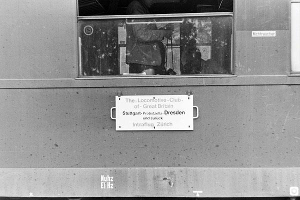 Das Zuglaufschild...