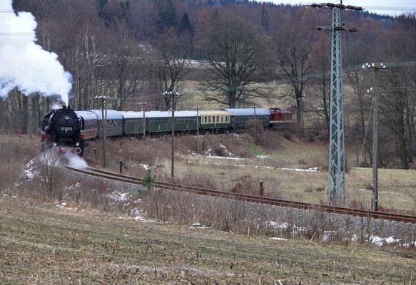"""Nochmal ein """" Nachschuss """" auf den Zug bei Krumhermsdorf, 06.12.2007"""
