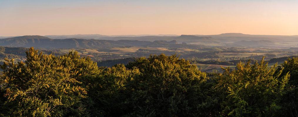 Panoramablick in die Sächsische Schweiz vom Ungerturm, 12.09.18