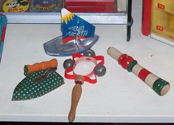 Lotto vecchi giocattoli anteguerra in latta e legno