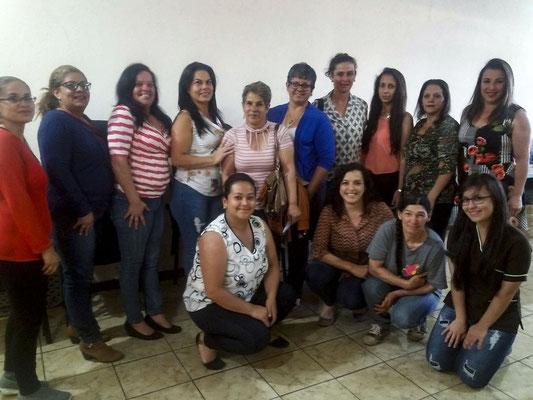 Grupo#1 algunas de las empresarias del programa, en la comunidad de Frailes, Desamparados. La municipalidad de Frailes nos brinda el espacio con un laboratorio de computo.