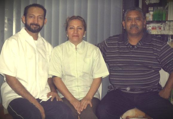 Con mis maestros de Alphabiótica, Ma. de Lourdes Sánchez y Antonio Martínez