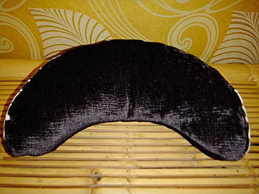 Halbmond Kissen mit Griff, Yogakissen, Meditationskissen, 54 Euro , schwarz weiß