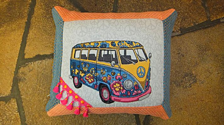 VW Bus Kissen Hippie