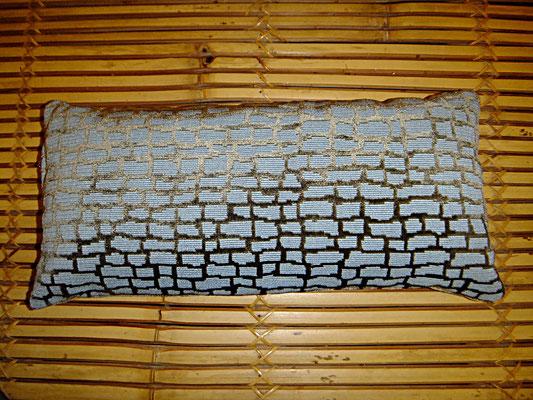 Yogakissen, Reise Kissen, blau, rechteck, 20 auf 40 cm, 28 euro, Sitzkultur, Kissen zum Küssen