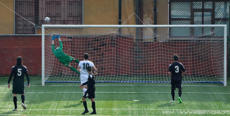 2014-15 BORGOSESIA-DERTHONA 1-0 PARATONA DI ALBERTO FERRARONI