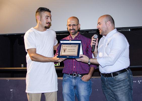 Consegna della targa di Leoncino 2016 a Lorenzo Mechetti col Presidente Andrea Freddo ed il Vicepresidente Luca Furlotti