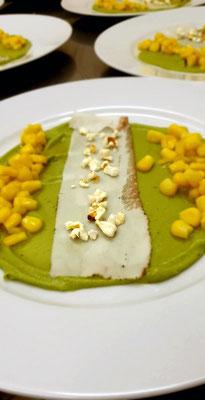 Mais-Mangosalat mit Largo und Guacamole