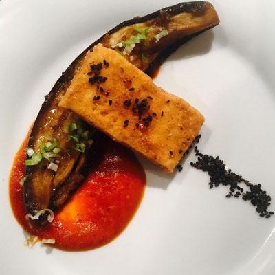 Aubergine mit Tofu und Tomatenpassata