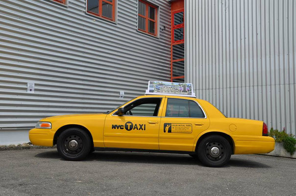 ford new yorker taxi rent a classic car oldtimervermietung. Black Bedroom Furniture Sets. Home Design Ideas
