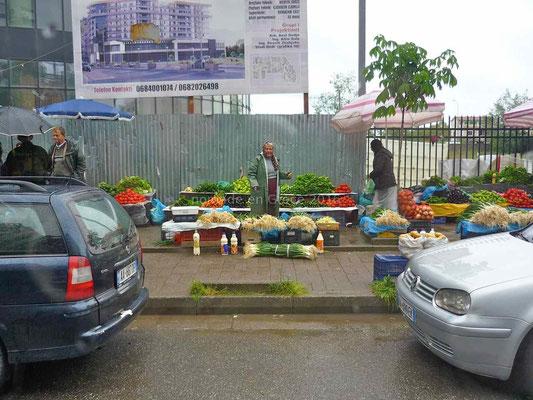 Marchande de rue à Shkoder