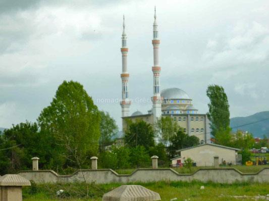 Mosquée sur la route d'Ohrid.