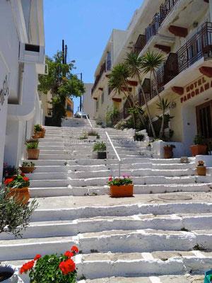 Escaliers dans la ville d'Agios Nikolaos