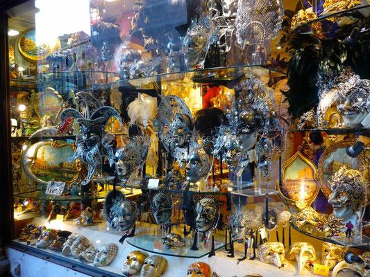 Magasin de masques vénitiens