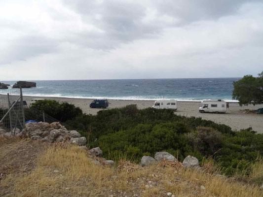 Bivouac à Sougia en bord de mer.