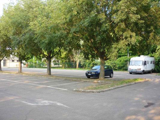 Sur un parking à Rubiera