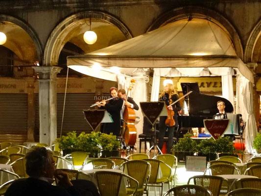 Un orchestre sur la place Saint-Marc