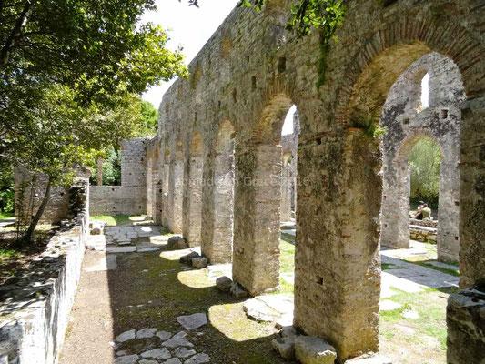 La grande basilique (VIe siècle)