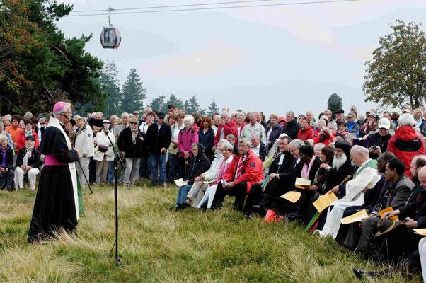 Grußwort von Weihbischof Matthias König