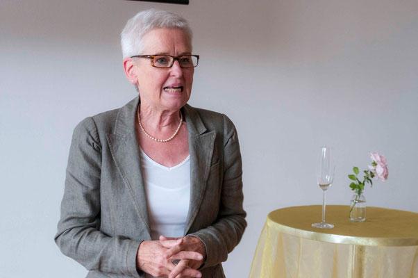 Dr. Elke Dührßen