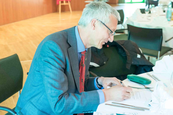 Dr. Jochen Gerlach