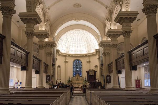 Der Innenraum der Anglikanischen Kirche
