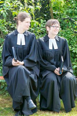 Pfarrerin Anja Fülling und Pfarrerin Kathrin Wittich-Jung
