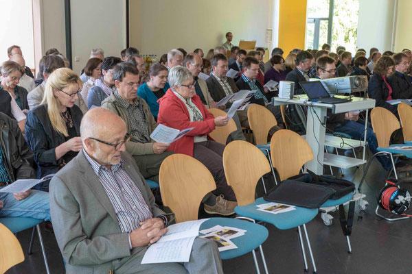 Sprengelkonferenz; Dr. Georg Pieper (im Vordergrund)