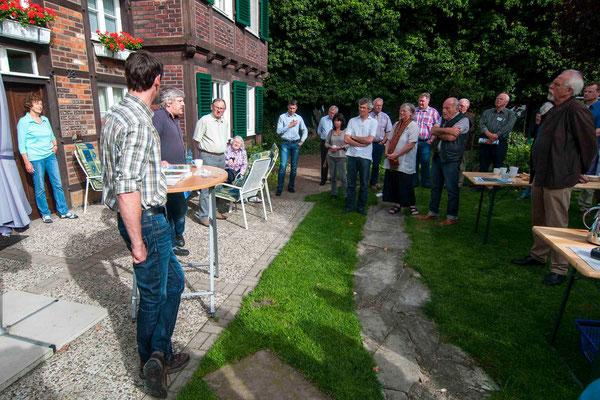 Hofbesichtigung: Erläuterungen zum Anbau von Leguminosen