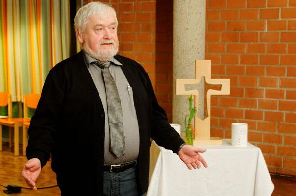 Horst Pilgram-Knobel richtet seinen Dank an die Versammlung